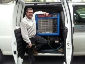 carpet-cleaning-van-nggid0219-ngg0dyn-320x240x100-00f0w010c010r110f110r010t010